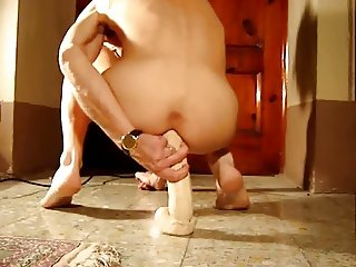30 cm long dildo all in my ass